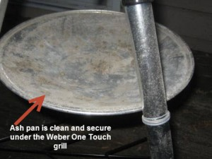 Clean Weber One Touch Ash Pan