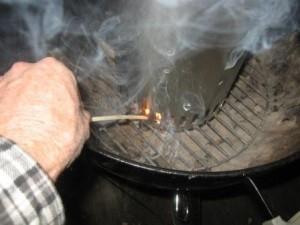 Lighting a Weber Chimney Starter