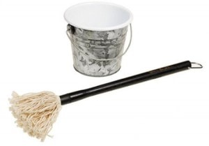 Barbecue Sauce Mop and Bucket Set